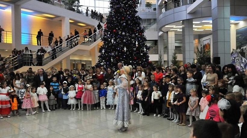 Благотворительную елку губернатора Подмосковья посетят 6 тыс. детей