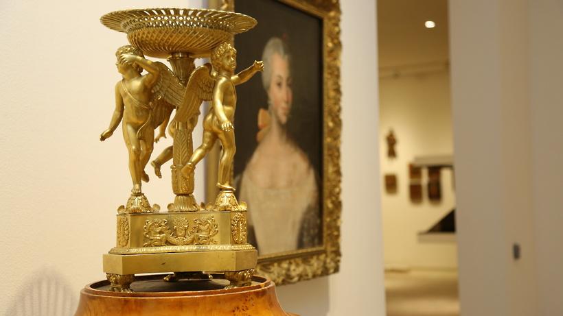 Захваченные бывшим чиновником предметы искусства выставят вмузее