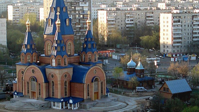 Практически 50 православных храмов строится в российской столице