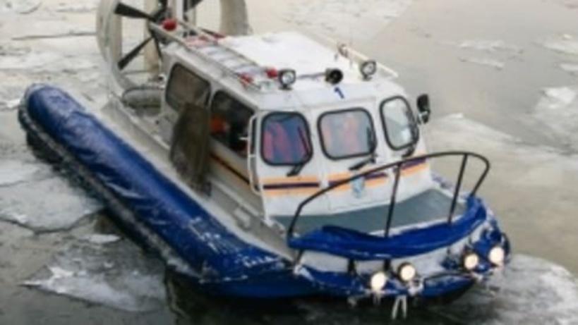 Работники МЧС спасли тонувшего впруду мужчину насевере столицы