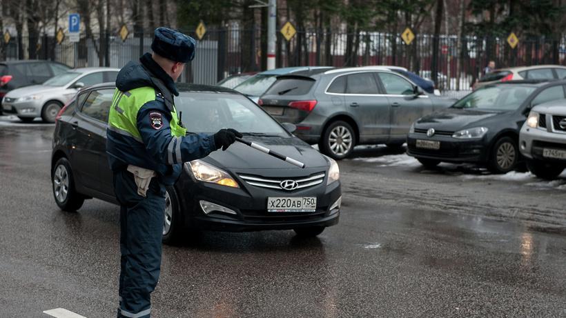 Схвачен шофёр БМВ, протаранивший полицейский автомобиль в столице России