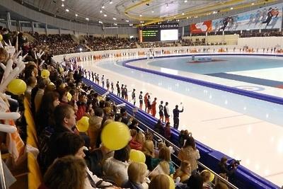 Семериков победил на дистанции 5 тыс м на конькобежных соревнованиях в Коломне