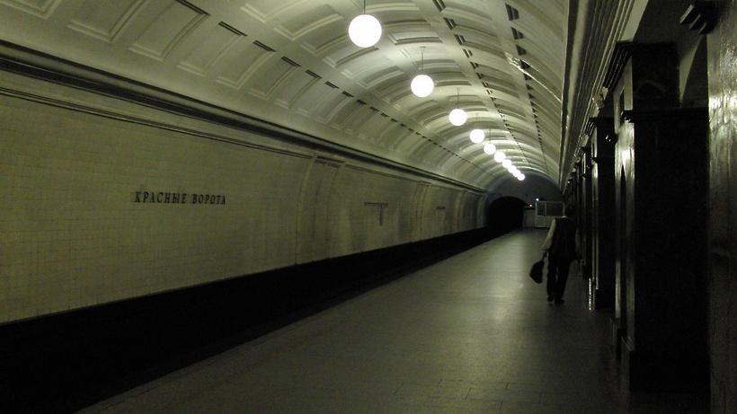 Северный вестибюль станции «Красные ворота» откроется вначале лета