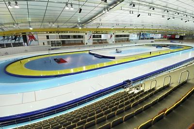 Подмосковные конькобежцы завоевали 2 золота на старте первенства ЦФО в Коломне