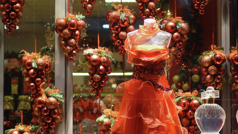 Фото новогодних продуктовых витрин