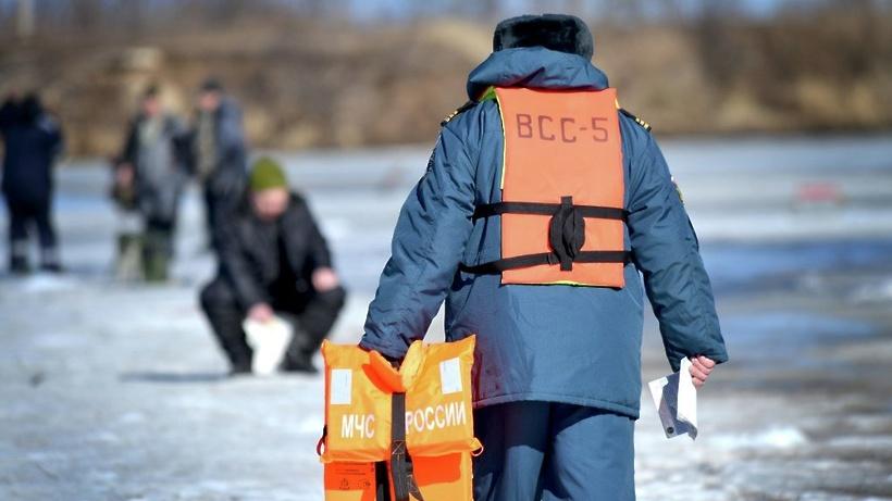 Объявлен месячник безопасности наводных объектах