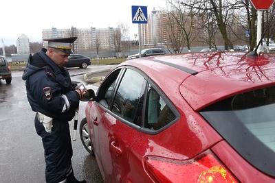 Двух автолюбителей оштрафовали в Подольске за нарушения правил перевозки детей