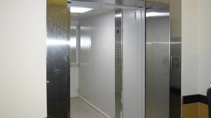 В столичных многоэтажках заменили свыше 10 000 лифтов