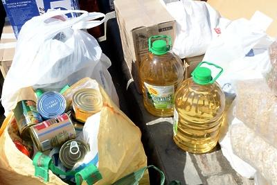 Подольские волонтеры передали теплые вещи и продуктовый набор семье из Донецка
