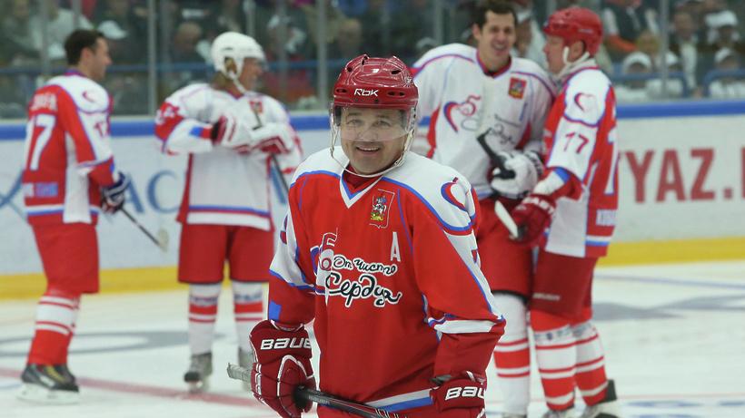 Губернатор примет участие в хоккейном матче на церемонии открытия спорткомплекса в Домодедове