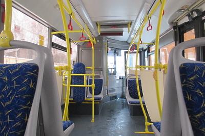 Количество пассажиров старше 65 лет снизилось на 98% в автобусах Подмосковья