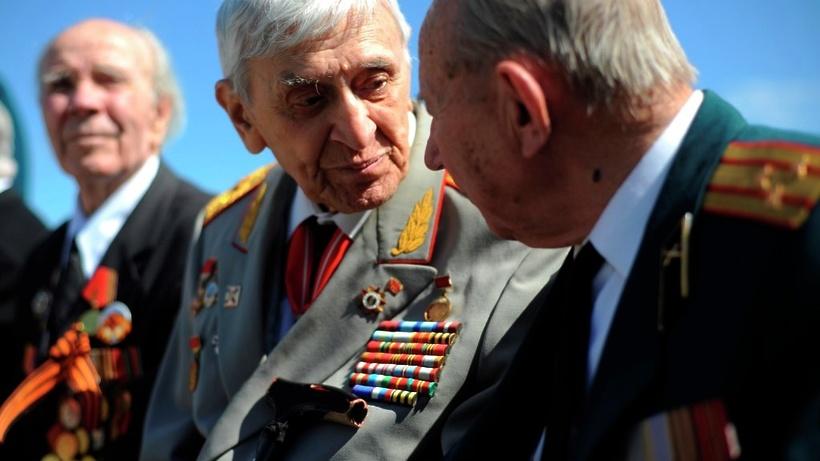 Ветеранов ВОВ, для перемещения поКрасной площади, обеспечат особым транспортом