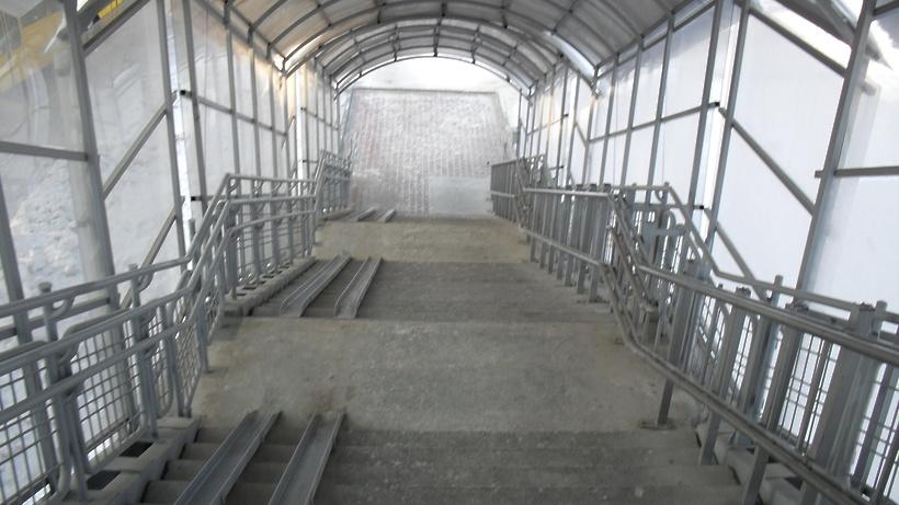 Наземный переход через ж/д у станции Удельная в Раменском округе закрыли