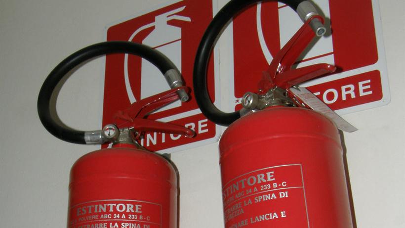 Пожарные потушили возгорание в личном доме вдеревне Подольска за30 мин.