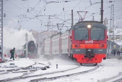 Около 400 км пути очистили от снега на МЖД за ночь
