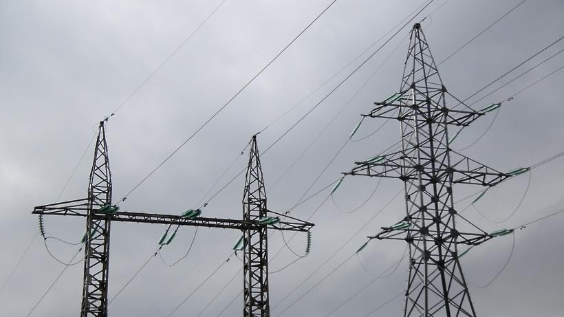 Электроснабжение полностью восстановили в семи районах области
