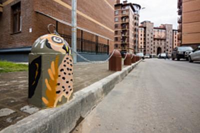 Антипарковочные столбики могут установить у дома в Люберцах после собрания жильцов