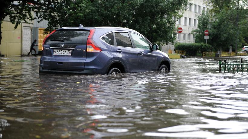 Московские власти увеличат расходы наливневую канализацию
