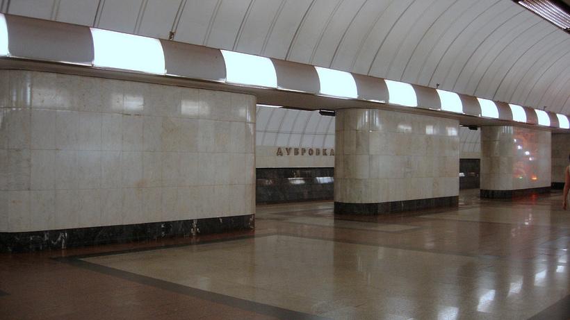 Участок «салатовой» ветки метро закрыли для пассажиров по 23 мая