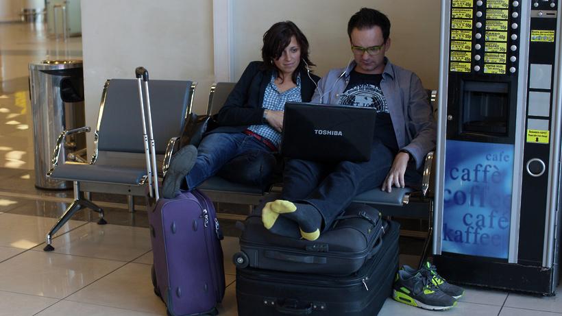 Туристы смогли вылететь из столицы наХайнань спустя двое суток ожидания