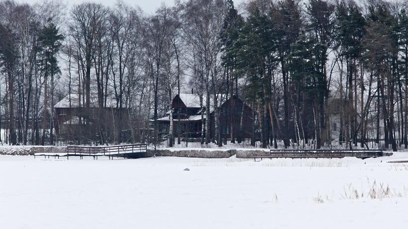 73 многодетных семьи из Подмосковья обеспечили земельными участками в январе