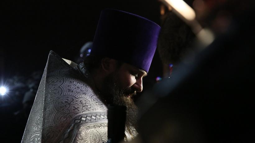 РПЦ запретила священникам быть предпринимателями, спортсменами ипевцами
