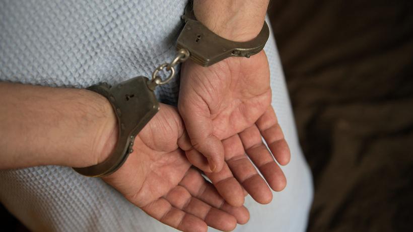 Подозреваемого в краже денег и игровой приставки задержали в Коломне
