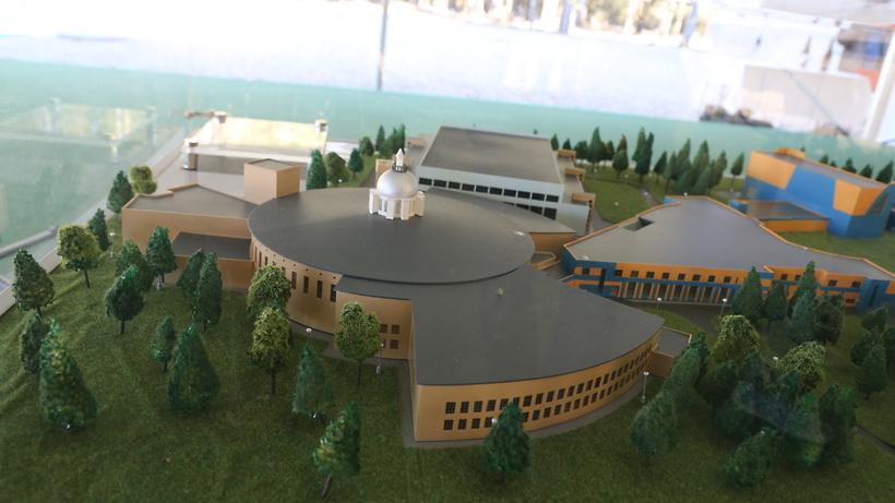 Почти 4 млрд руб выделят в 2017 году на строительство коллайдера в Дубне