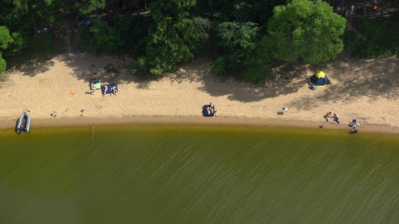 Свидетели сказали опадении легкомоторного самолёта вИстринское водохранилище