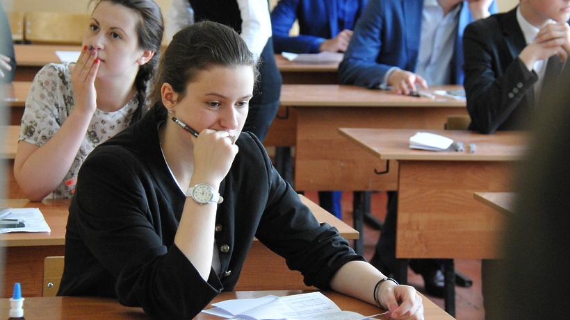Роскомнадзор предложил создать вРФ план попрофилактике суицида среди учащихся