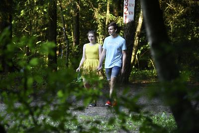 Власти Пушкинского округа начали благоустраивать парк на деньги от продажи хозбытовок