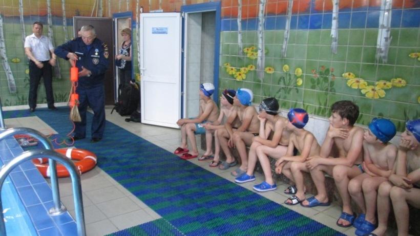 Более 14,5 тыс. детей приняли участие в акции «Научись плавать» с начала лета в Подмосковье