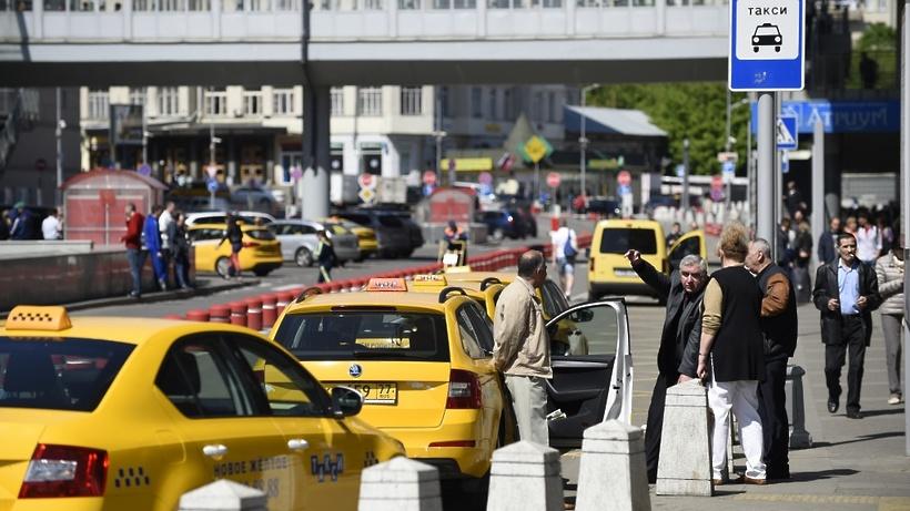 Москва узнала о объединении Uber и«Яндекс.Такси»