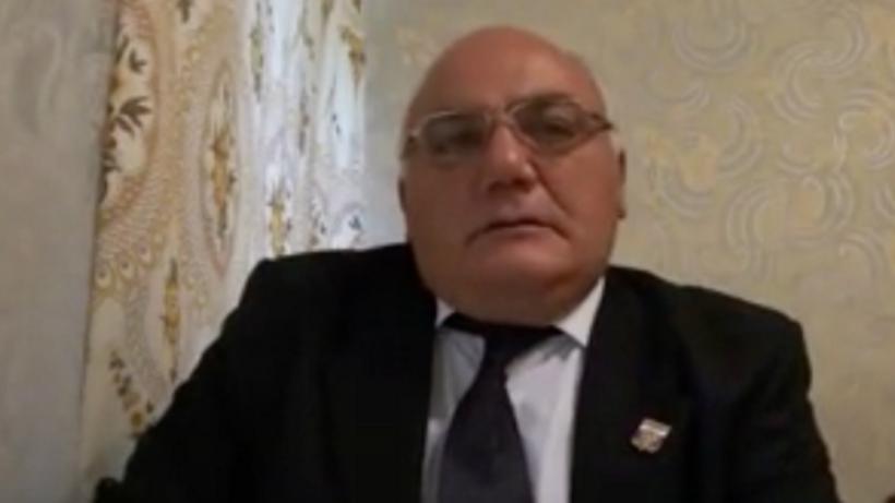 Бизнесмен, захвативший банк вцентральной части Москвы, объявил голодовку