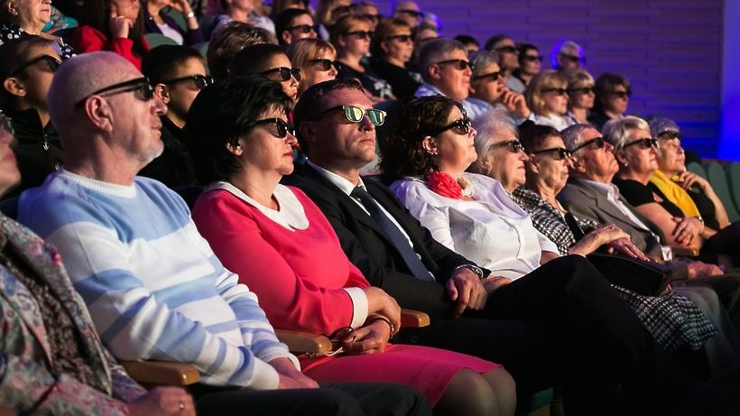 Бесплатные кинопоказы планируют провести в 120 населенных пунктах Подмосковья в 2017 году