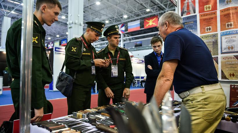 Сегодня вСафоново начал работу международный военно-технический форум «Армия— 2016»