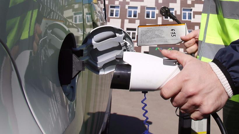 Девять зарядных станций для электромобилей заработали вцентральной части Москвы