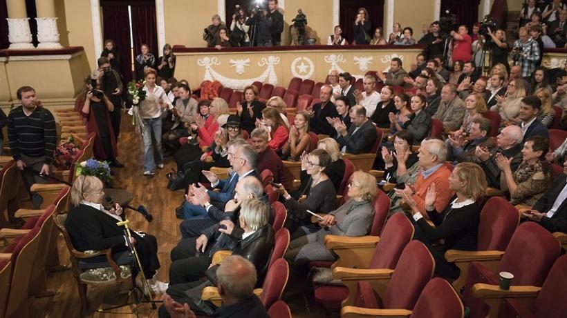 Кибовский посетил встречу труппы театра «Современник» в столицеРФ
