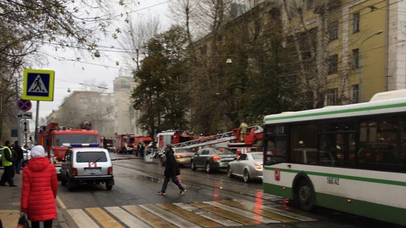 Потушен пожар ввыселенном помещении вцентре столицы