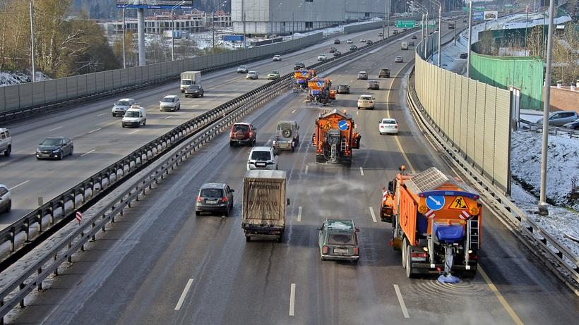 Скорость движения впоселениях на10 трассах Подмосковья ограничат до50 км/ч
