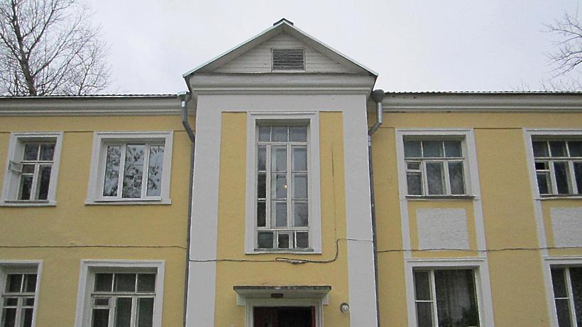 УК в Дубне отремонтировала дом 1939 года постройки после жалобы в Госжилинспекцию