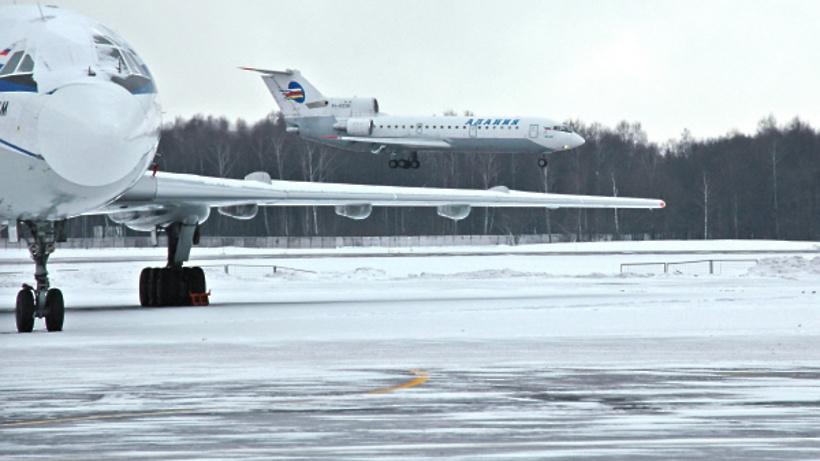 Шереметьево: Аэропорт работает в обычном режиме вусловиях непогоды