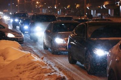 На столичных дорогах зафиксированы пробки в 8 баллов