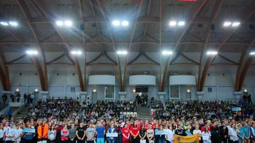 Почти 1 тыс. участников собрал спортивный фестиваль в Международный день студента в Щелкове