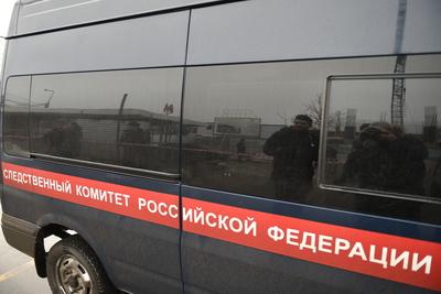 СК выясняет причину смерти мужчины, тело которого нашли в одном из подъездов Подольска