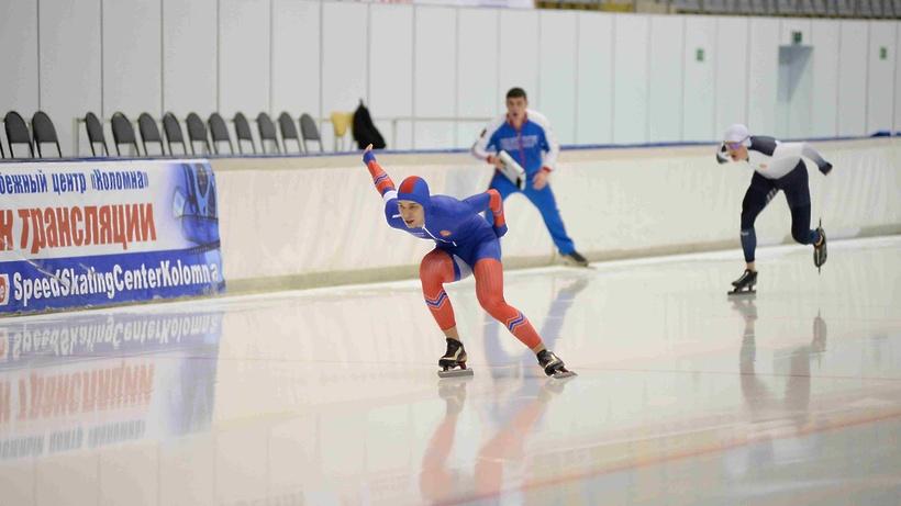 Кирилл Сивцев завоевал 4 «золота» напервенстве СЗФО поконькобежному спорту