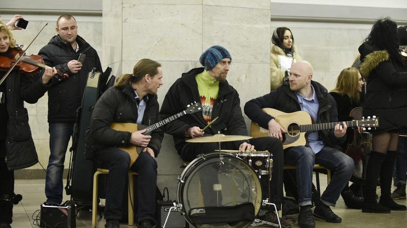 Вмосковской подземке 14февраля прозвучат песни о симпатии
