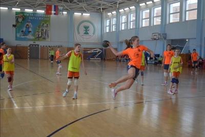Команда по гандболу из Королева заняла первое место на межрегиональном турнире
