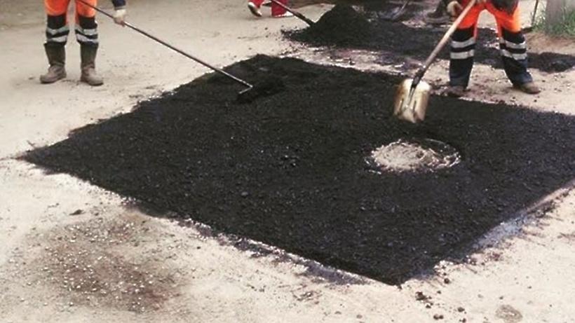 Около 140 тыс. уличных ямустранили вМосковской области весной
