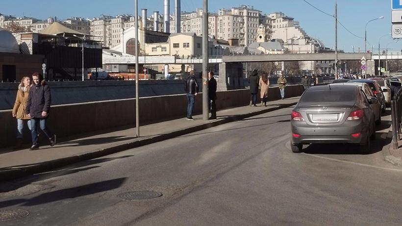 На столичных дорогах появится новая пешеходная зона